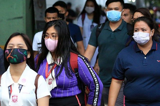 Students with face mask
