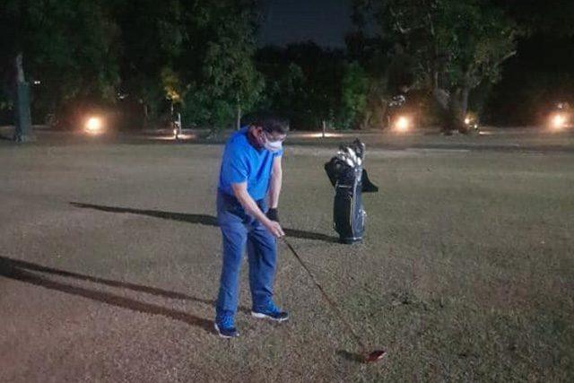 Duterte playing golf