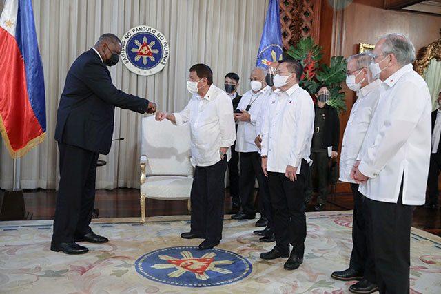 Duterte with US Secretary of Defense