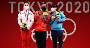 Women's weighlifting: Hidilyn Diaz, Liao Qiuyun and Zulfiya Chinshanlo
