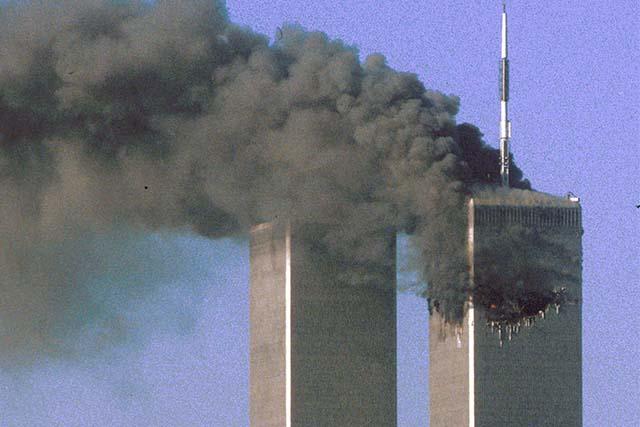 20 años después, expertos en ingeniería explican cómo se derrumbaron las torres gemelas